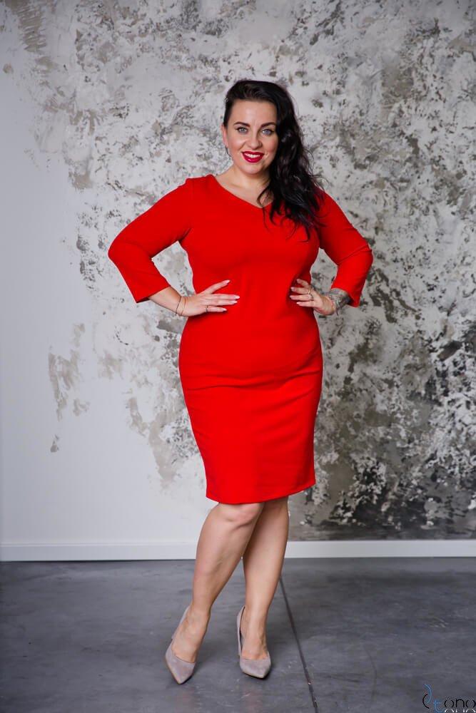 Czerwona Sukienka EMYLY Plus Size
